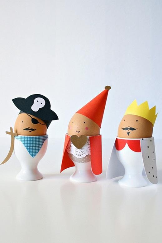 ... hoặc những nhân vật cướp biển, nhà vua, hoàng hậu ngộ nghĩnh thế này cũng thú vị!