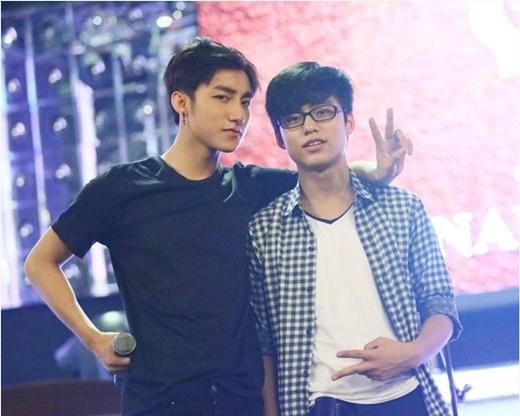Em trai Sơn Tùng M-TP bất ngờ cover loạt hit khủng của anh trai