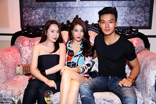 Nam diễn viên Hiếu Nguyễn cũng có mặt tại sự kiện. - Tin sao Viet - Tin tuc sao Viet - Scandal sao Viet - Tin tuc cua Sao - Tin cua Sao