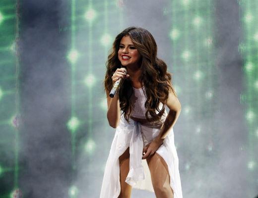 Selena Gomez thừa nhận không phải là ca sĩ tuyệt nhất thế giới