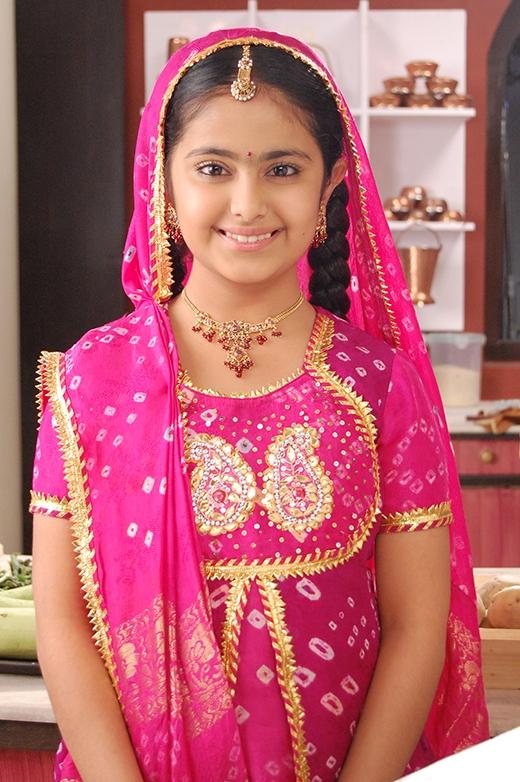 Avika Gor trong vai cô dâu 8 tuổi Anandi.