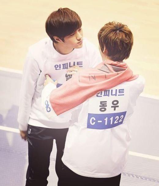"""Những mỹ nam ghét hôn hít"""" nhất làng nhạc Kpop"""