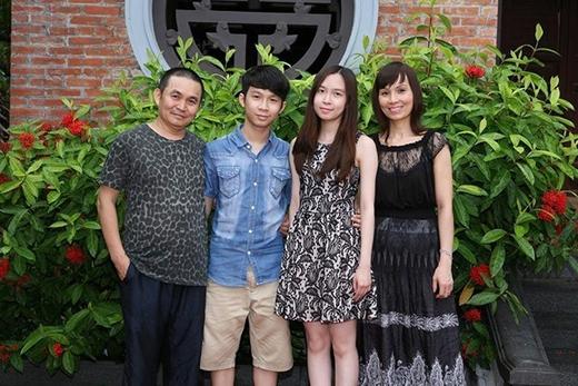 Gia đình hạnh phúc của diễn viên hài Xuân Hinh. - Tin sao Viet - Tin tuc sao Viet - Scandal sao Viet - Tin tuc cua Sao - Tin cua Sao