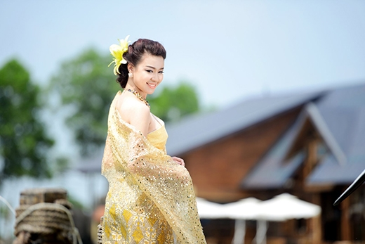 Trước khi đầu quân về với Thúy Hằng, Trương Tùng Lan cũng từng đạt được nhiều danh hiệu tại các cuộc thi nhan sắc: Hoa khôi Hạ Long, Top 10 HHVN, Top 15 Hoa hậu Châu Á - Thái Bình Dương.