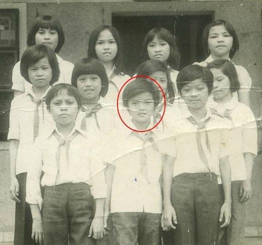 Có ai nhận ra cậu học trò Huỳnh Minh Hưng (tên thật của Đàm Vĩnh Hưng) lúc anh đang học lớp 6 không nhỉ? - Tin sao Viet - Tin tuc sao Viet - Scandal sao Viet - Tin tuc cua Sao - Tin cua Sao