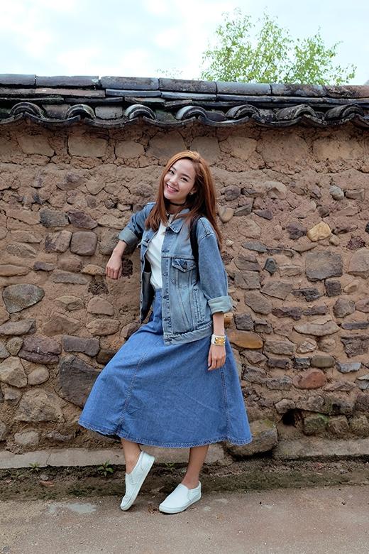 Sang Hàn Quốc, Minh Hằng còn đưa cả stylist riêng là Travis Nguyễn để hỗ trợ cô về trang phục đời thường và trang phục ghi hình     Cô đang có khoảng thời gian thoải mái vừa làm việc vừa vui chơi tại đất nước kim chi xinh đẹp. - Tin sao Viet - Tin tuc sao Viet - Scandal sao Viet - Tin tuc cua Sao - Tin cua Sao
