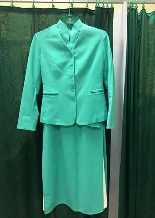 Hình ảnh bộ đồ trước đây được mọi người chia sẻ trên mạng xã hội, được cho là đồng phục mới của Hãng hàng không Vietnam Airlines.