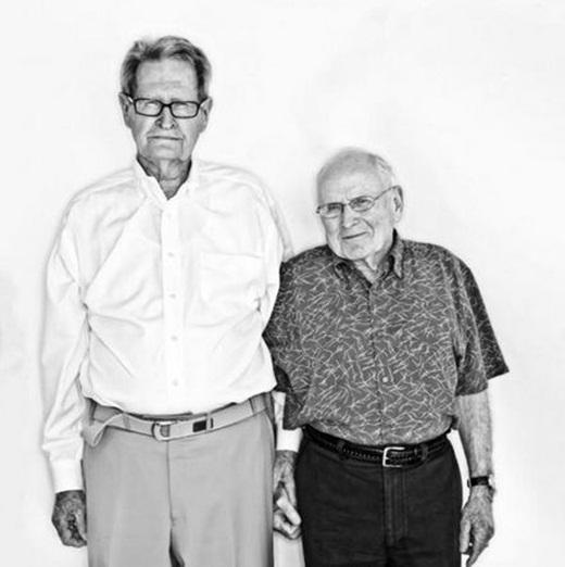 Xúc động trước đám cưới của cặp đôi đồng tính hơn 80 tuổi