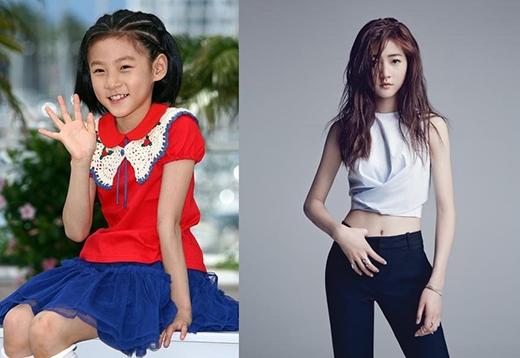 Kim Sae Ron vẫn là một trong những diễn viên còn nhỏ tuổi nhưng lại lột xác đáng kinh ngạc về ngoại hình. Sao nhí sinh năm 2001 đã chinh phục khán giả qua những bộ phim điện ảnh khi chỉ mới lên 5. Theo thời gian, cô bé đã trưởng thành và sở hữu nét đẹp nữ tính ở tuổi 14. Ngoài ra, Kim Sae Ron còn gây ấn tượng đặc biệt với khán giả qua vai diễn trong phim truyền hình học đường High School Love On (2014).