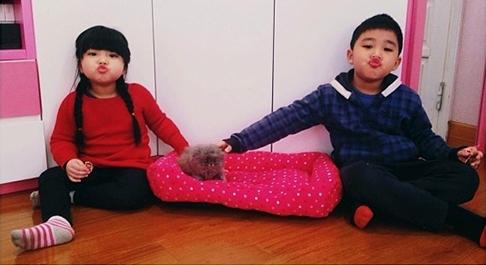 Hai đứa cháu và con mèo cưng của Chi Pu - Tin sao Viet - Tin tuc sao Viet - Scandal sao Viet - Tin tuc cua Sao - Tin cua Sao