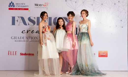 Đêm trình diễn thời trang tốt nghiệp đầy sáng tạo của sinh viên ngành Thiết kế thời trang