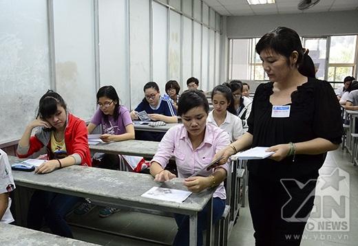 Các thầy cô phổ biến một số quy chế thi cần thiết