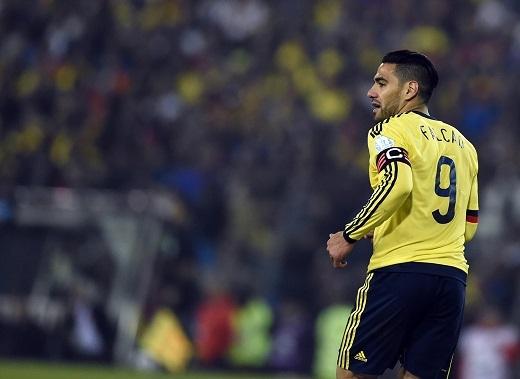 Falcao sẽ gia nhập Chelsea vào tuần sau và nhận lương cao hơn cả Mourinho