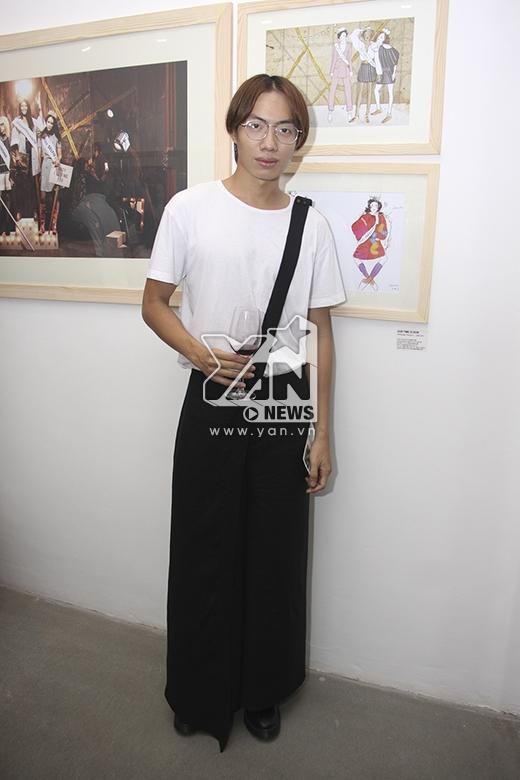 Alex Fox với phong cách thời trang mang đậm dấu ấn của giới trẻ Nhật Bản. - Tin sao Viet - Tin tuc sao Viet - Scandal sao Viet - Tin tuc cua Sao - Tin cua Sao