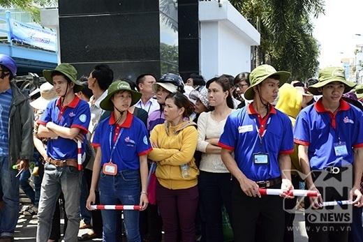 Hình ảnh đẹp của sinh viên tình nguyện tại TP.HCM