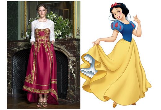 Chiếc váy dài dự tiệc trà xòe nhẹ cùng những họa tiết mang tính chất hoàng gia lại khá vừa vặn với những ai yêu thích nàng công chúa Bạch Tuyết. Mặc dù màu sắc không giống với bản gốc nhưng đã hòa quyện theo đúng nghĩa 'da trắng như tuyết, môi đỏ như hoa hồng'.