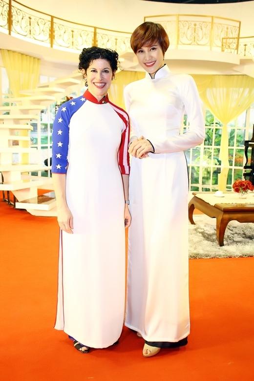 Ganh tị trước sự đáng yêu của cặp đôi Hari Won – Tiến Đạt - Tin sao Viet - Tin tuc sao Viet - Scandal sao Viet - Tin tuc cua Sao - Tin cua Sao