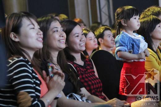 Khán giả hết khóc lại cười vì gia đình vàng Phương Thảo - Ngọc Lễ - Tin sao Viet - Tin tuc sao Viet - Scandal sao Viet - Tin tuc cua Sao - Tin cua Sao