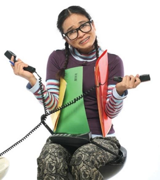 Nhân vật xấu xí kinh điển trên truyền hình Việt đó chính là vai cô gái xấu xí của NSƯT Ngọc Hiệp. - Tin sao Viet - Tin tuc sao Viet - Scandal sao Viet - Tin tuc cua Sao - Tin cua Sao