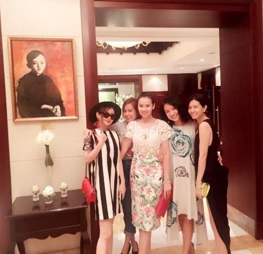 Hoàng Thùy Linh gặp mặt hội chị em cùng Vân Hugo, Lã Thanh Huyền - Tin sao Viet - Tin tuc sao Viet - Scandal sao Viet - Tin tuc cua Sao - Tin cua Sao