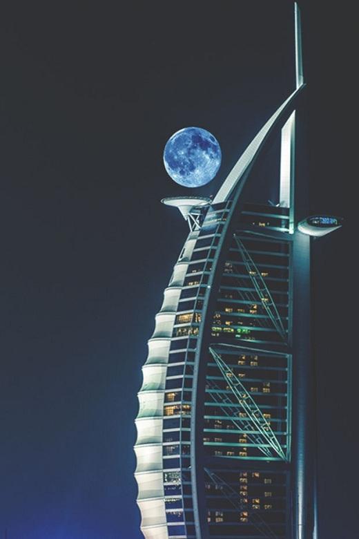 Dường như Mặt Trăng cũng thuộc sở hữu của Dubai.