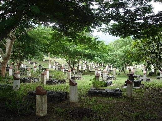 Nghĩa trangHàng Dươngcũng là một điểm khám phá lịch sử không thể quên.