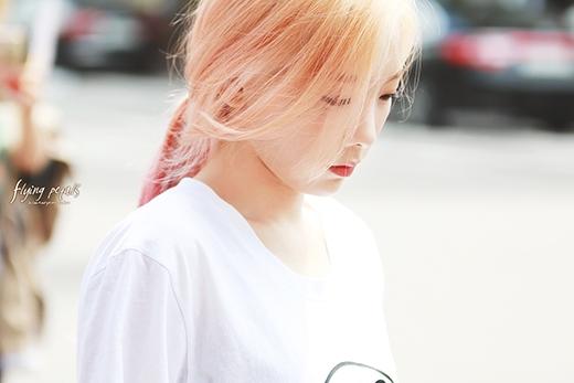 """Taeyeon trẻ trung, đáng yêu khiến cư dân mạng """"xiêu lòng"""""""