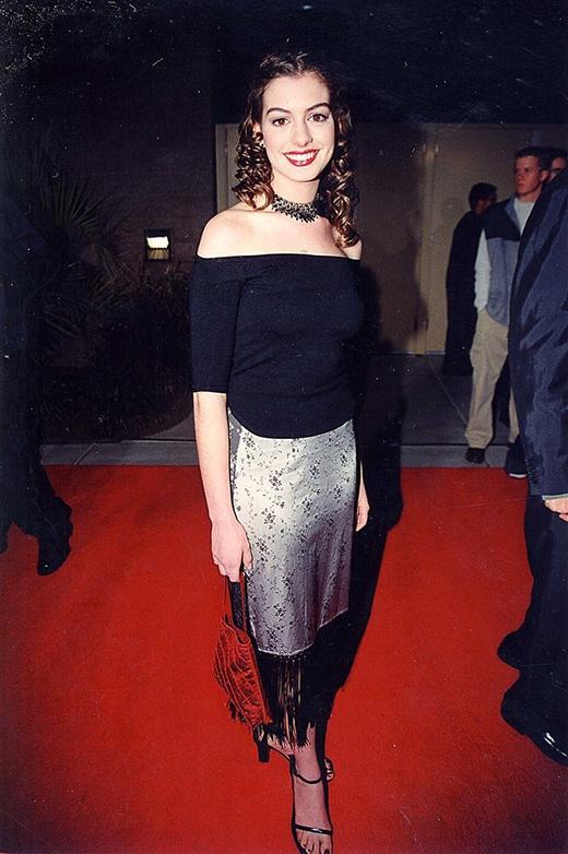 Anne Hathaway năm 1999