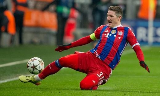 Bastian Schweinsteiger chính thức gia nhập Manchester United