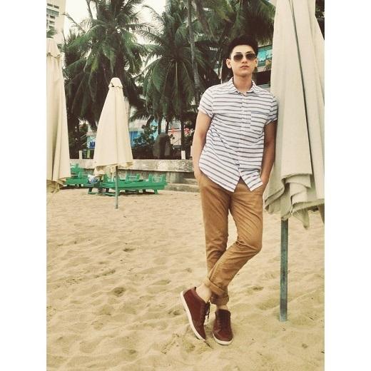 Soi phong cách thời trang chuẩn men của trai đẹp Isaac