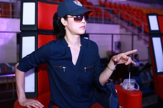 Thu Phương sốt sắng lo cho thí sinh trước vòng Liveshow - Tin sao Viet - Tin tuc sao Viet - Scandal sao Viet - Tin tuc cua Sao - Tin cua Sao