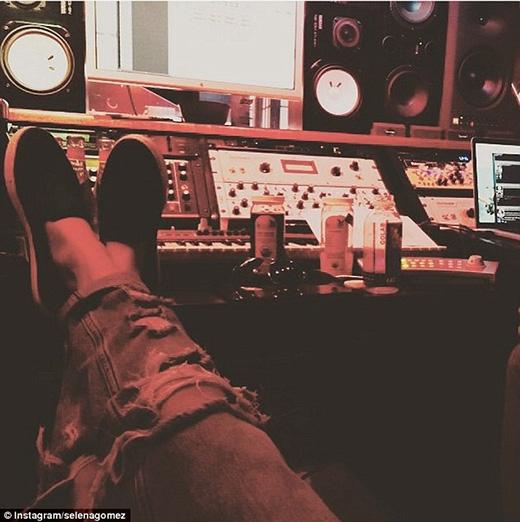 Justin Bieber tiếp tục là nguồn cảm hứng sáng tác của Selena Gomez
