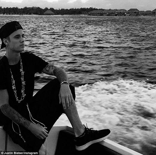 Cả Justin và Selena đều đang tập trung để cho ra mắt sản phẩm mới.