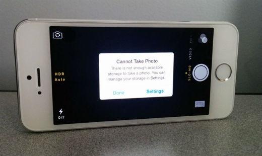 Thông điệp nhiều người gặp phải khi sử dụng bản iPhone 16 GB. Ảnh: Gottabemobile.