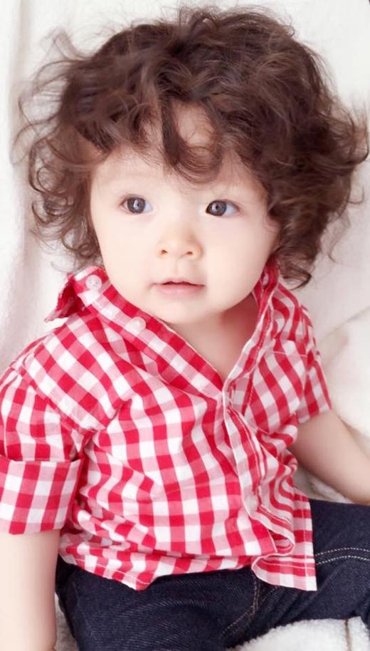 Lạ mắt nhưng không kém phần ngộ nghĩnh, đáng yêu với phong cách tomboy.