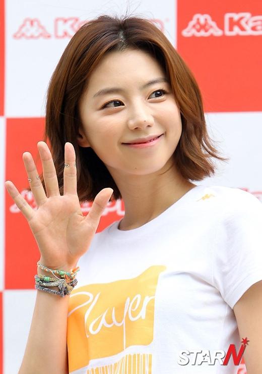 Bae Yong Joon chính thức tiết lộ ngày cưới