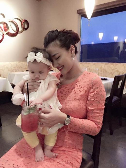 Maya lần đầu hé lộ ảnh con gái 6 tháng xinh như thiên thần - Tin sao Viet - Tin tuc sao Viet - Scandal sao Viet - Tin tuc cua Sao - Tin cua Sao