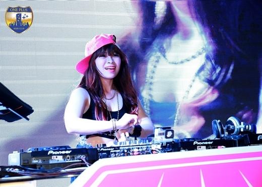 Cùng các nữ DJ sẵn sàng cho Chung kết Miss DJ 2015