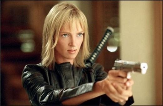 Phong cách cá tính, vẻ ngoài ấn tượng, cộng thêm quả đầu vàng nổi bật, CL (2NE1) khiến các fan nghĩ ngay đến nhân vật The Bride trong Kill Bill Trilogy.