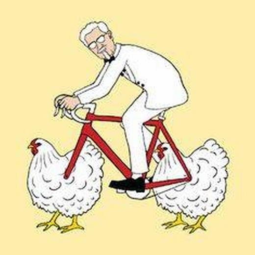 ... thậm chí là những chú gà rất hài hước.