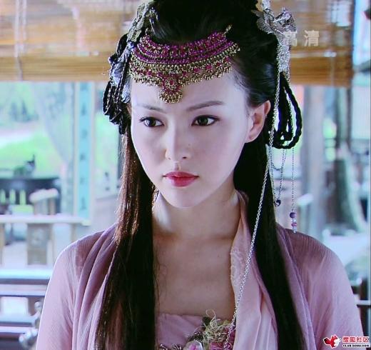 Tử Huyên của Đường Yên từng là tình nhân trong mộng của rất nhiều chàng trai khi Tiên Kiếm Kỳ Hiệp 3 được lên sóng.
