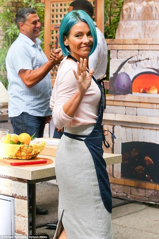 Nữ diễn viên, người dẫn chương trình nổi tiếng Kelly Ripa.