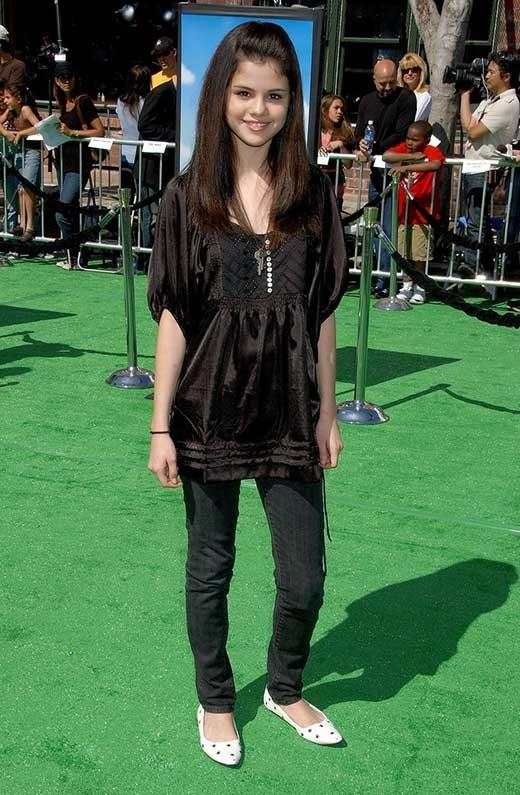 Selena Gomez năm 2007