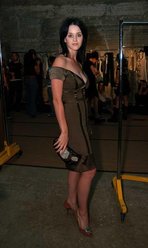 Katy Perry năm 2003