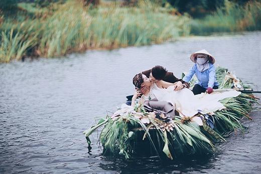"""Ngẩn ngơ với bộ ảnh cưới """"Nơi tận cùng thế giới"""" đầy ma mị"""