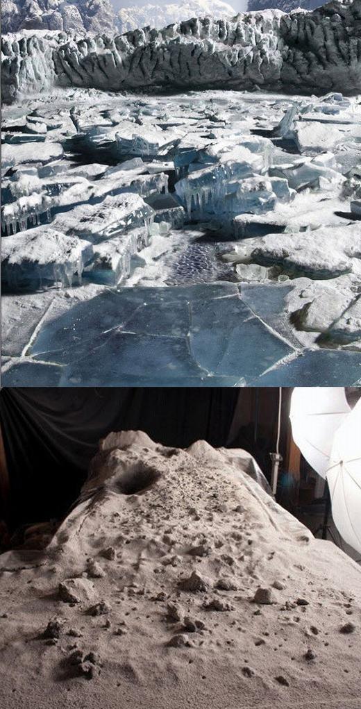 Những khe băng nứt được hư cấu từ cát.