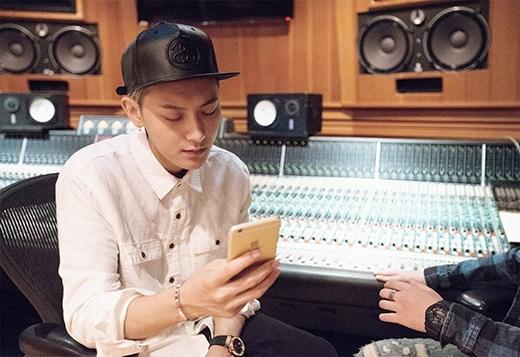Tao (EXO) bị chỉ trích là kẻ phản bội, lừa dối fan Hàn