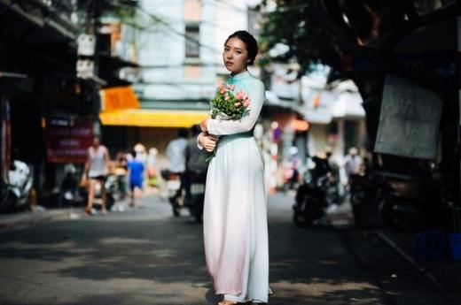 Ngắm nhìn vẻ đẹp lạ mà hút của con gái NSND Lê Khanh