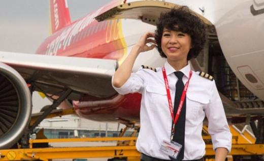 Sau 2 năm hoàn thành khóa học phi công tại Mỹ, cuối cùng Phương Anh cũng đã thực hiện được giấc mơ của mình.