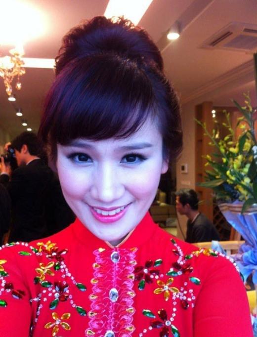 Nhiều người nhận xét Trang Nhung có vẻ đẹp giống Bảo Thy. Cô cũng được nhiều người ngưỡng mộ vì vừa xinh đẹp lại vừa tài năng.